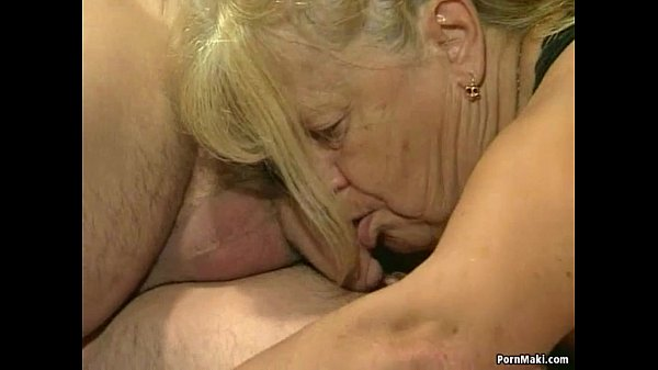 Two granny get fucked in foursome action Thumb