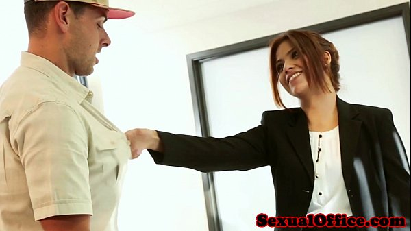 Beautiful latina bosswoman fucks delivery boy Thumb