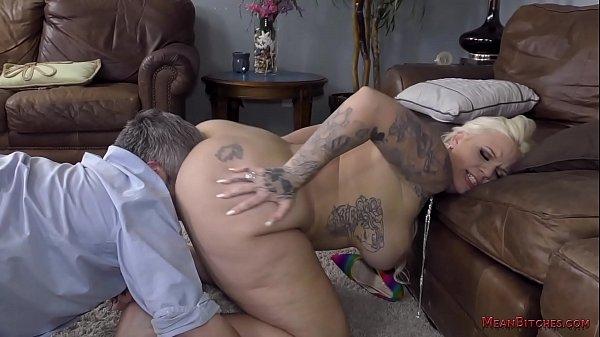 Big Ass Femdom - Lucky B Thumb