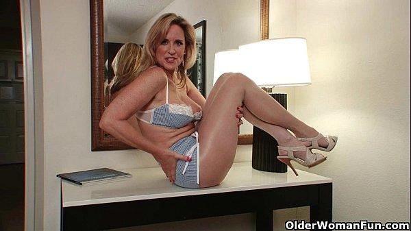 Porno peloso mamma in collant