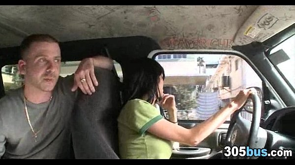 Трахает жену и сосет самотык видео