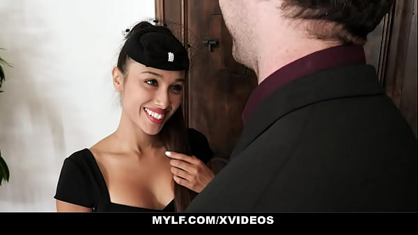 A True Black Widow That Makes You Cum And Finishes You (Cali Lee) - GotMylf Thumb