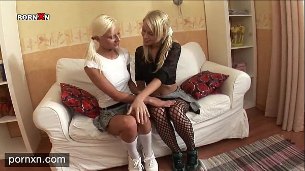 Порно русскихмололетних лезбиянок блондинок