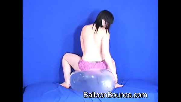 Clear balloon bounce (lydia tits) Thumb