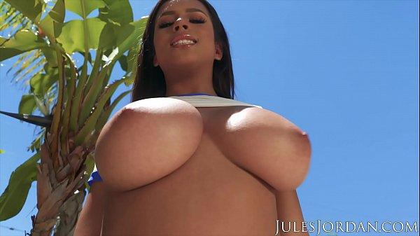 Jules Jordan - Autumn Falls Natural Breast Worship Thumb