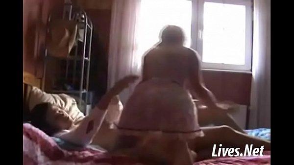 Порно рыжеволосая секретарша в чулках