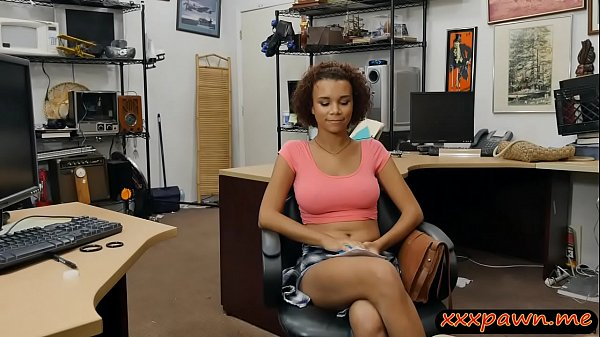 Hot ghetto babe gives head and drilled by pawn keeper