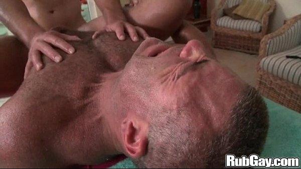 2018-11-11 15:33:46 - Rubgay Huge Cock Massage 5 min  http://www.neofic.com