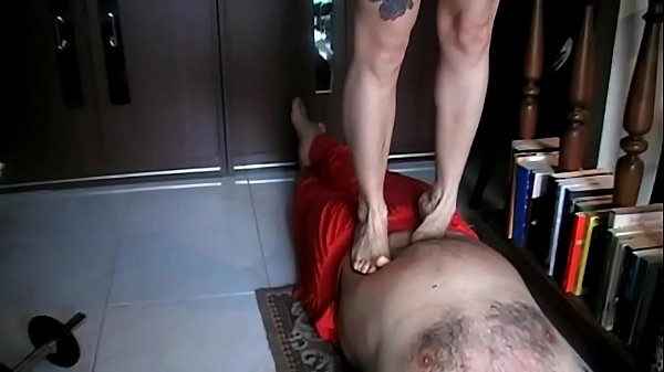 Tiptoe Trampling (Stomach Demolition)