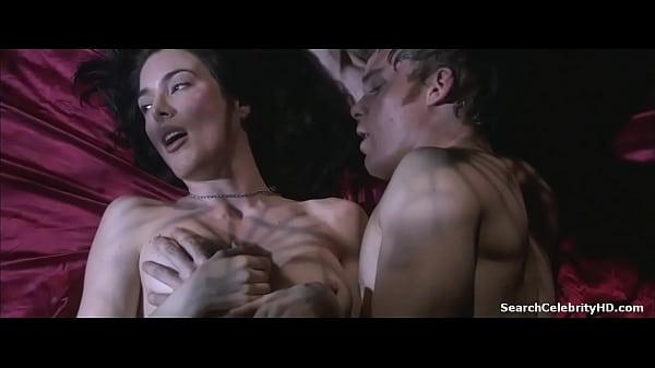 porno-klaudiya-rossi-filmi-porno-akvaparke-smotret-onlayn