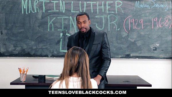 TeensLoveBlackCocks - Big Black Dicking On MLK DAY (Melissa Moore
