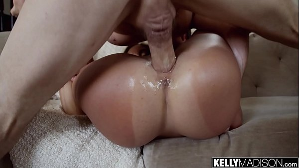 Jessa Blue Teases the Pool Guy and Lets Him Cum Inside
