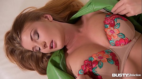 Busty seduction by curvy Czech Lucy Li's erotic pussy play with a dildo Thumb