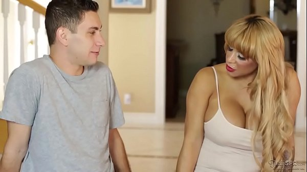Do you wanna fuck your Mommy? - Alyssa Lynn and Brad Knight