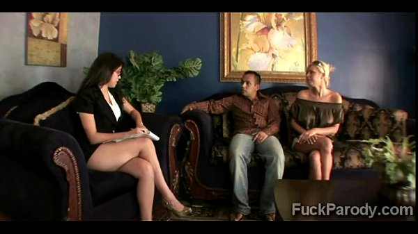 Blonde hottie convinces her man to go therapy with her2015-3min-render-4 Thumb