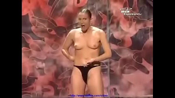 nude magic show
