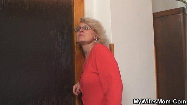 She finds her old mom riding her man's cock Thumb