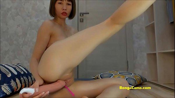 Slim BongaCams girl fucks herself in the ass with a dildo Thumb