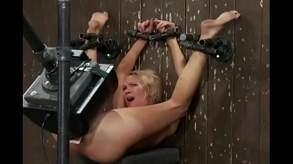 Мастурбация до жёсткого оргазма