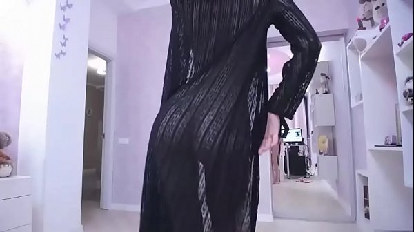 Teasing striptease dance - SexyStreamate.com Thumb