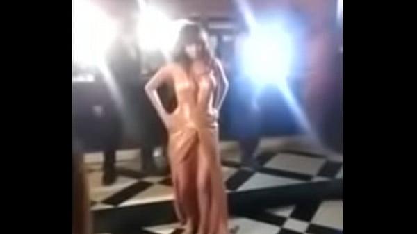 Anushka sharma boobs out full open boobs. Oops