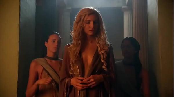 Lucy Lawless & Viva Bianca - Spartacus Vengeance - S02E06 latino Thumb