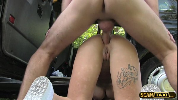 Stranded brunette lady trades a hot sex for a free ride