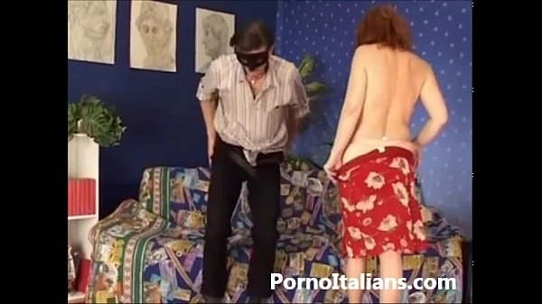 Amatoriale con rossa italiana  matura ciuccia cazzo - Amateur italian real Thumb
