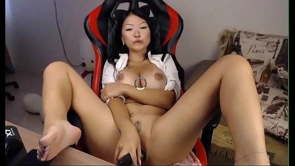 busty asian masturbates and squirts