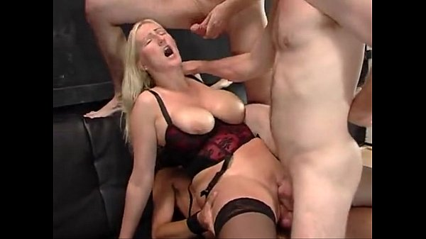 Kathleen White wird brutal benutzt im Porno Deutsch