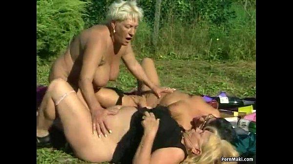 Порна бабушки лезбиянки
