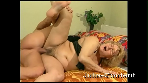 60 years, horny, makes her first amateur video Thumb