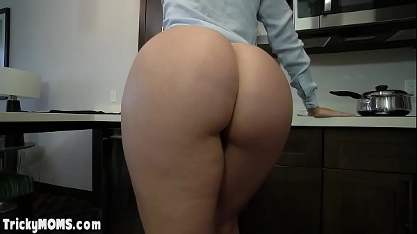Big booty MILF stepmother filled by big cocked ...