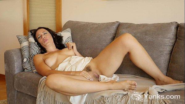 MILF Tasty Masturbating Her Quim