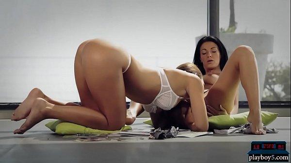 Лесбиянки с очень большими сисями