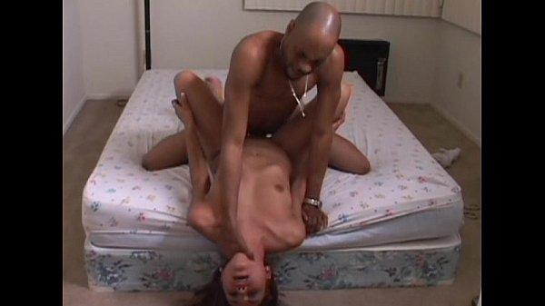 Порно с огромными целлюлитными жопами