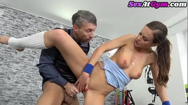 Gym babe riding nerd cock before tugging and bj Thumb
