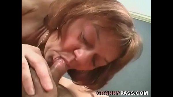 Реальное порно с молодыми