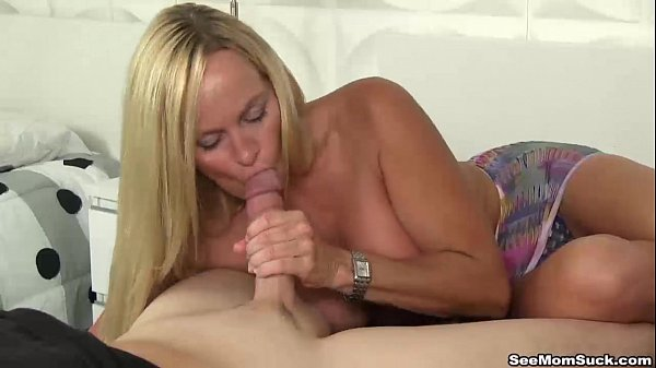 seemomsuck-Blonde milf blowjob Thumb