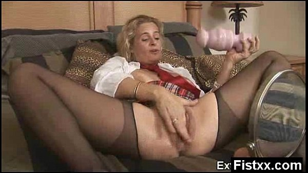 Wicked Fisting Woman Tight Fucked