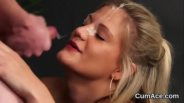Hot sex kitten gets jizz load on her face sucking all the cum Thumb