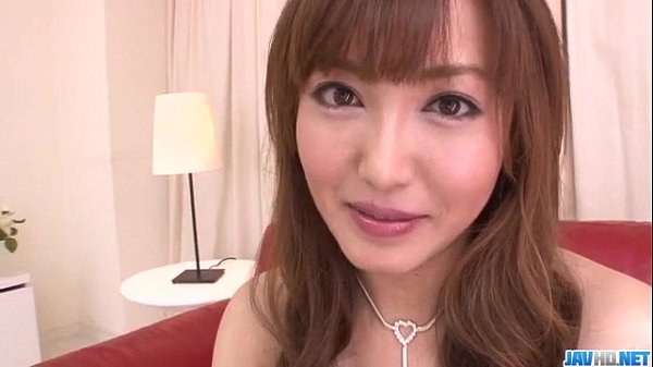Mami Asakura feels toys over her moist pussy Thumb