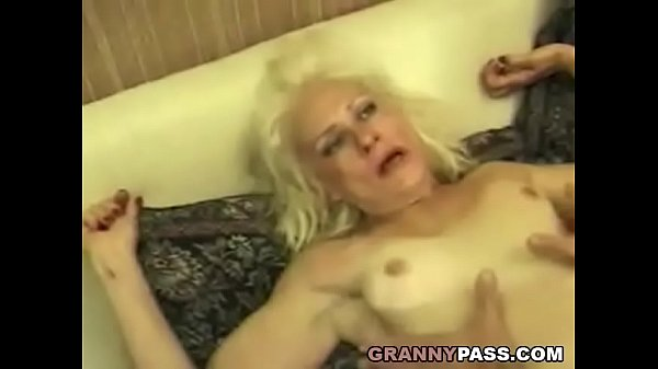 Squirting Granny Takes Rough Fucking