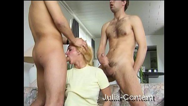 Первый секс массаж для зрелой дамы