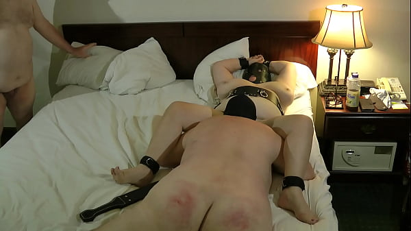 04-Sep-2013 Male slave eating the cunt of Master's switch (FemDom)