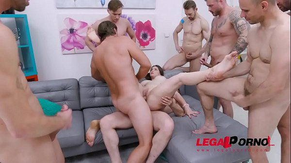 Taylee Wood assfucked by 1, 2, 3, 4 guys and then gangbanged by all 10 of them SZ2459