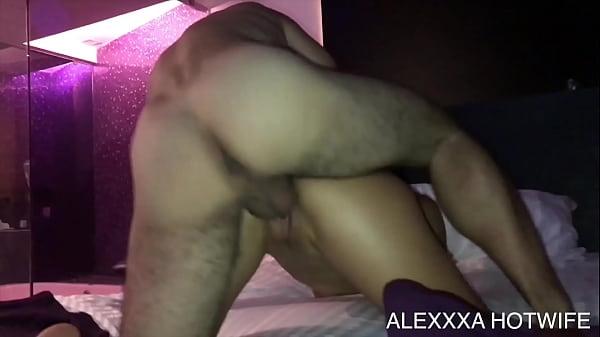 ALEXXXA HOTWIFE COGIENDO CON SINGLE VERGON DE TWITTER