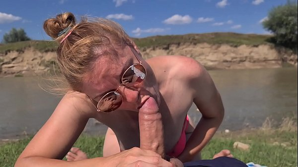 Sister whore and watched her older brother pay and he fucked and shot her in the mouth and finished in the mouth.