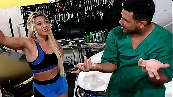 Hot brazilian blonde went to get the car in the workshop and the dirty mechanic tricked her to get a fuck Thumb
