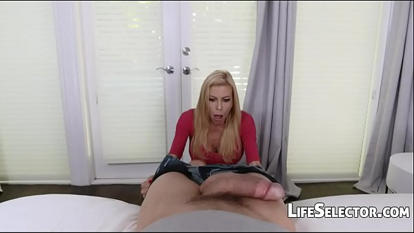 Hot MILF gets her mouth filled with cum - Alexi...